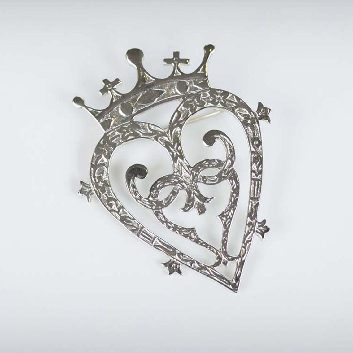 Mary Luckenbooth Brooch