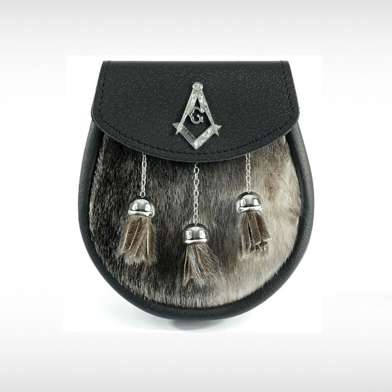 Sealskin & Black Leather Sporran