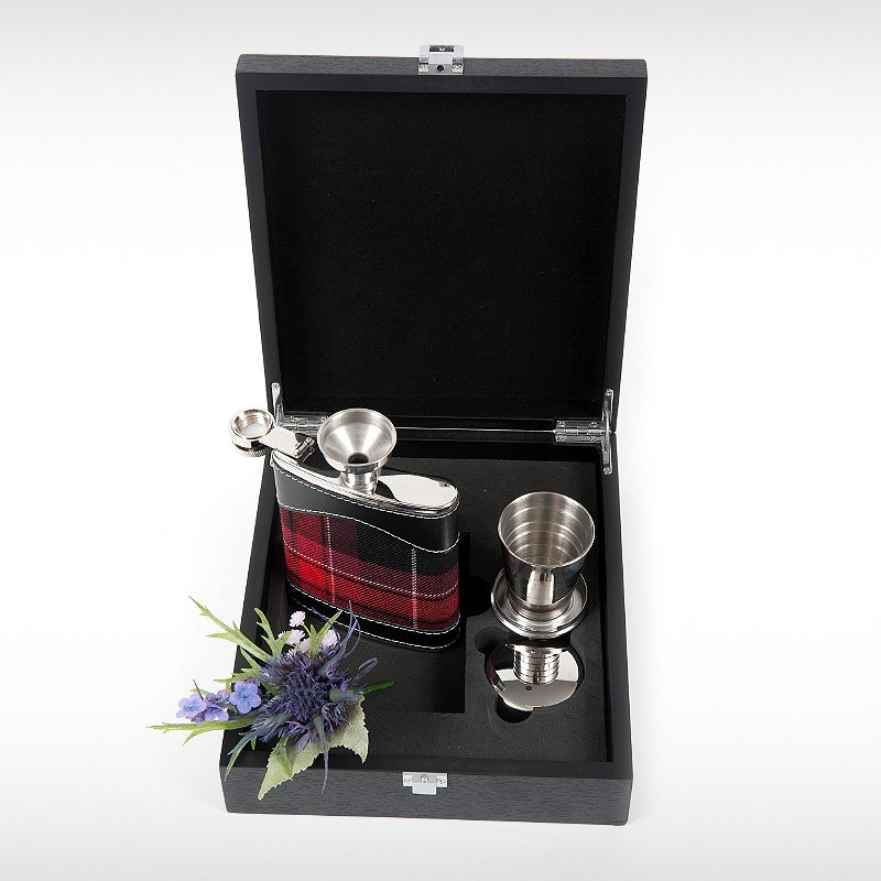 Welsh Pride Hip Flask Set
