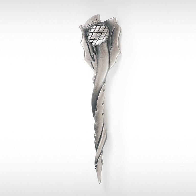 Twisting Thistle Kilt Pin